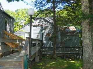Pet Friendly Waterville Estates Condo Close to Recreation Center!, Campton