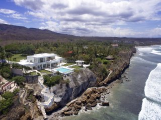 Fully Staffed - Punta Mita Modern Mansion, Punta de Mita