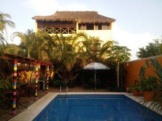 Casa Amarilla - La Palapa, Puerto Escondido