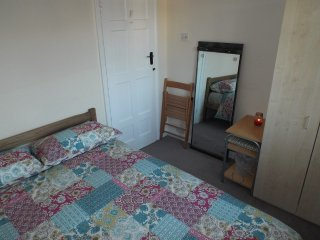 Bright and Cosy Room Central Suburb, London