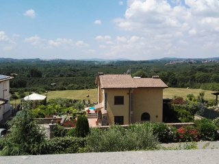 Luxury Villa, Private Pool near ROME Gardens WiFi