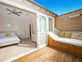 """Rare Split-level Bondi Retreat"""