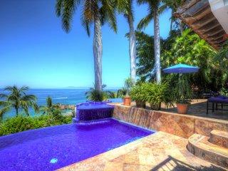 Amazing Amapas Villa - Villa Vista de Aves 5 Bdrm, Puerto Vallarta