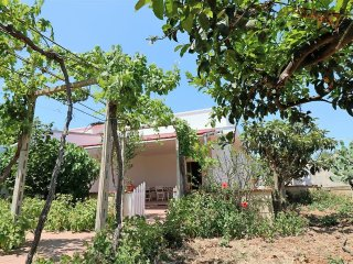 Independent villa for rent for holidays in Torre Sabea in Gallipoli, 400 meters