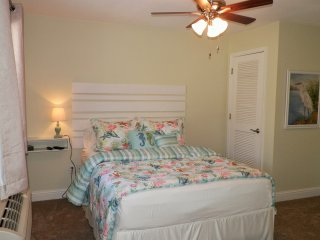 NEW LISTING!! Beach Time in Biloxi