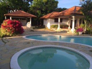 GRAN VILLA LOW COST: Minitas Beach + Garden Gazebo, La Romana