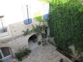 Entre Avignon, Arles, Camargue et Cévennes - GR, Beaucaire