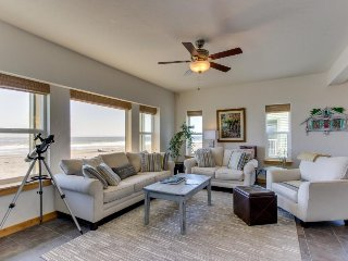 Modern oceanfront house w/ gorgeous views, hot tub, beach access - dogs ok!