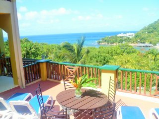 Villa Amarie..Beachfront Retreat, Gros Islet