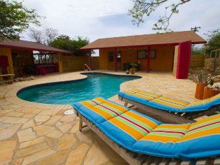 Bon Bini! Beautiful Aruban House with Private Pool, Paradera