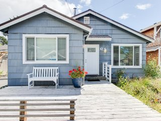 Recently remodeled dog-friendly home close to the beach!