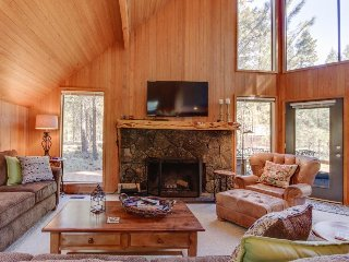 Contemporary lodge w/ shared pool, hot tub, resort amenities & entertainment!, Black Butte Ranch
