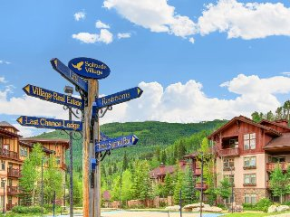 Ski-in/ski-out Powderhorn condo with shared hot tubs, a pool & gym!, Solitude