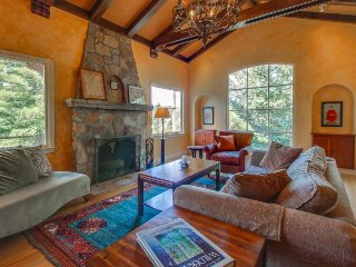 Historic and dog-friendly architectural gem w/ gardens, near Mt. Tam!, San Rafael