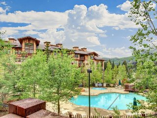 Ski-in/out condo w/Club Solitude access w/pool, hot tub, fitness, & more!