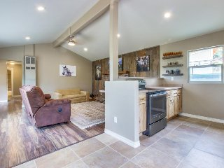 Secluded, newly remodeled Durango beauty with large yard and close to town!