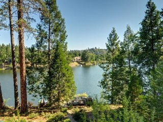 Lakefront home w/ lake views, private dock & shared pool! Yosemite nearby!