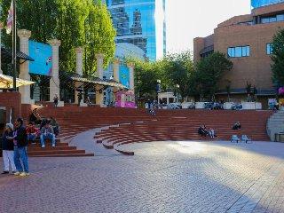 Six downtown Portland condos w/ sweeping views - dogs okay!