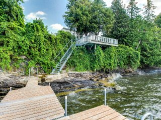 Lakefront home w/patio over the lake, private dock, stunning sunset views!, South Hero
