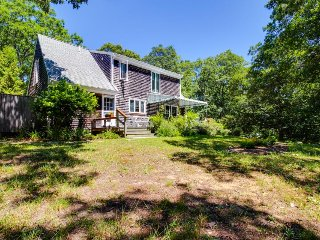Secluded home with outdoor shower near alpaca farm, West Tisbury