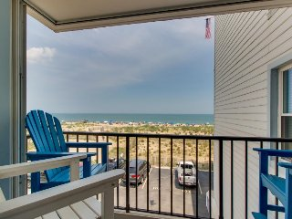 Oceanfront condo with gorgeous ocean views, easy beach access