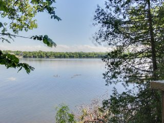 Secluded waterfront home on Lake Champlain w/ dock, lake views, North Hero