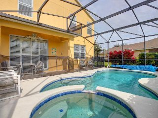 Spacious Sandy Ridge home w/ large private pool & spa - near Disney World