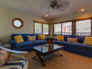 Centrally located—walk to beach & more!, Ocean City