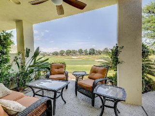 Updated condo right on the golf course w/ shared pool and hot tub