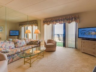 Cozy oceanfront condo w/sweeping views - walk to beach!, Ocean City