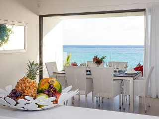 2 Bedrooms Ocean View Apartment at Cap Ouest in Flic en Flac