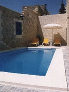 Gozo Accommodation with private pool  -  5 to 6 pa