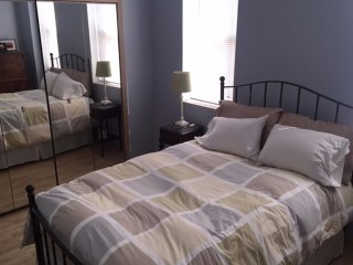 Modern two bedroom located with large backyard, Chicago
