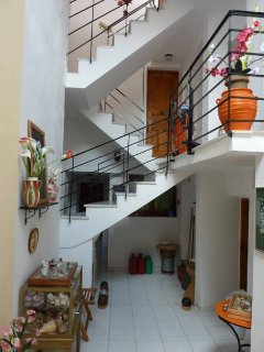 INTERNAL STAIRCASE - ATRIUM