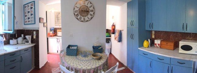Fully equipped Kitchen, scullery area, dishwasher, fridgefreezer, washing machine