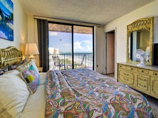 Madeira Towers 601 Madeira Beach front with spectacular views!!!