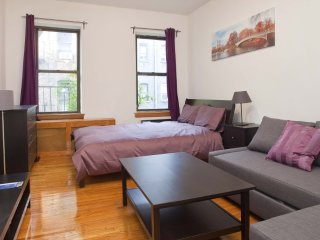 Furnished Studio Apartment at 2nd Ave & E 82nd St New York, Nueva York