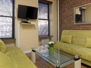 Great Choice - Beautiful 2 Bedroom, 1 Bathroom Apartment in New York, Weehawken