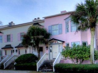 Vista Soleil Townhouse:  St. Simon's Beach Getaway