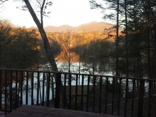 Chipmunk Too: Lake Lure Log Cabin Rental