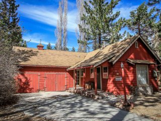1152-Awesome Getaway, Big Bear City