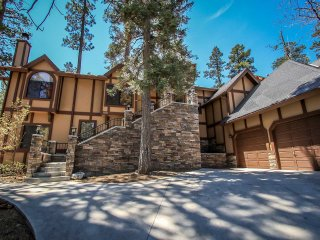 1277-Four Happy Bears Estate, Big Bear Region