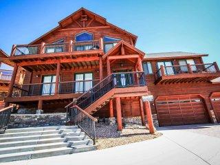 Castle Glen Estate #1528, Big Bear Region