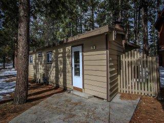 1590-Cabin On The Corner, Big Bear Region