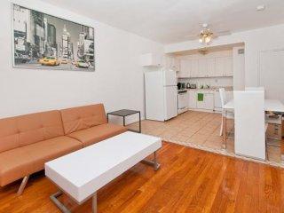 COMFORTABLE AND BEAUTIFULLY FURNISHED 2 BEDROOM, 1 BATHROOM UNIT, Nueva York