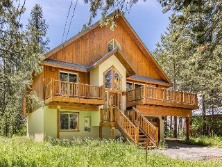 Tahoe Donner Family Mountain Lodge - Access to Unrivalled Amenities, Truckee