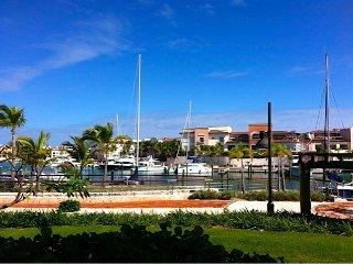 Paradise Found, Aqua Marina 1111