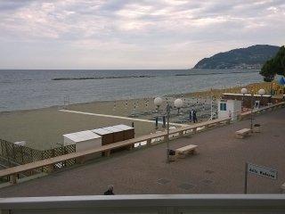 appartamento frone mare, San Bartolomeo al Mare
