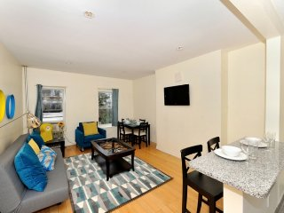 2BR IN THE HEART OF GRAMERCY WITH TONS OF LIGHT, New York City