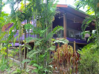 Botanical Garden Cottage at Finca Los Monos, Bocas del Toro